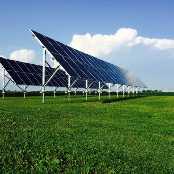 Panneaux solaires sur pieux vissés Pro Pieux Fondations